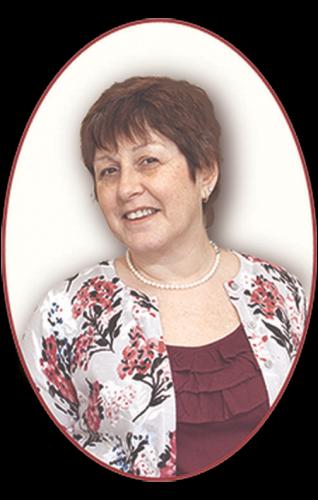 Portrait of Julie Millar of Home Staging by Julie